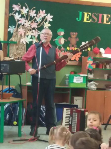 Ciekawa-lekcja-muzyki-1