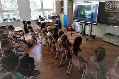 Przedszkolaki-on-line-na-spektaklu-teatralnym01